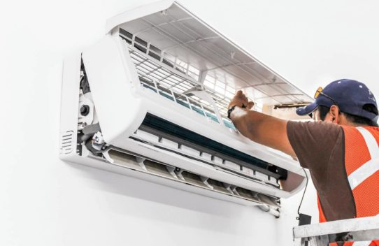 Save your money while taking air conditioner repair services